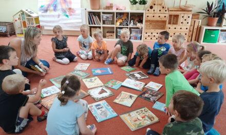 Baví mě dětem ukazovat, jaká kouzla jsou ukrytá vknihách 🔒